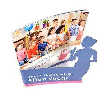 Brochure met aparte uitsnede - Ellen Voogt